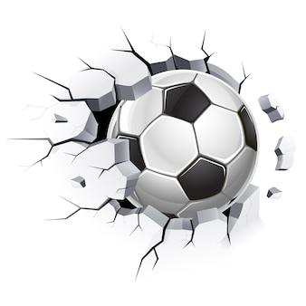 Bola de futebol ou futebol e danos à parede de concreto velha