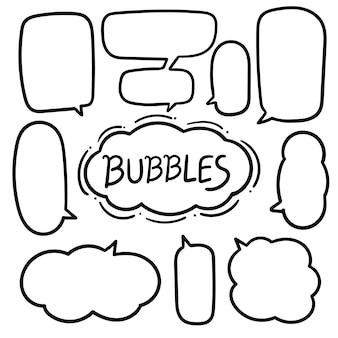 Bolha do discurso com mão desenhada doodles conjunto