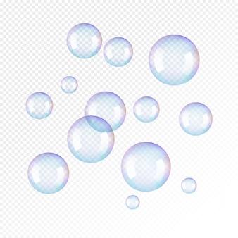 Bolhas de sabão realistas em fundo transparente