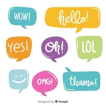 Bolhas do discurso colorido com diferentes expressões