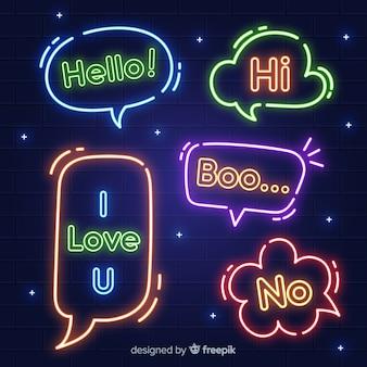 Bolhas do discurso de néon com expressões