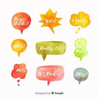 Bolhas do discurso em aquarela com conjunto de expressões diferentes