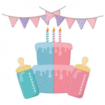 Bolo de aniversário com velas e mamadeiras
