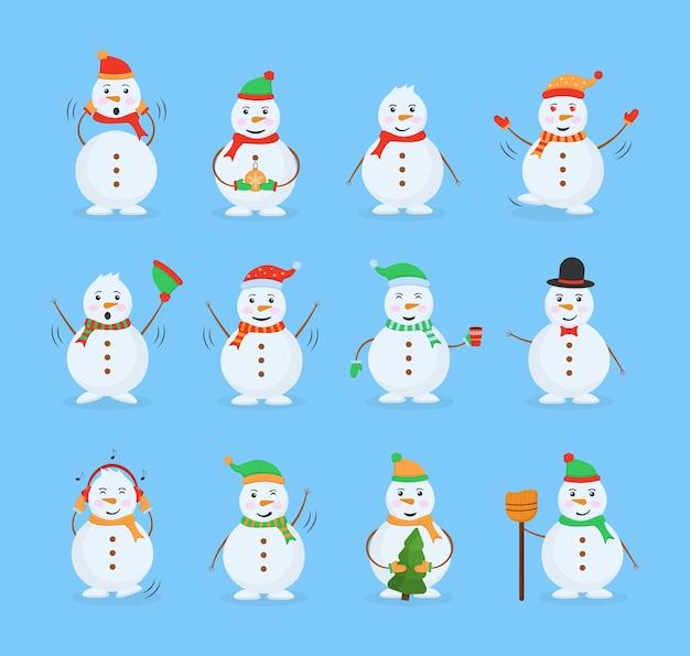 Boneco de neve alegre em trajes diferentes. homem de neve engraçado usando coleção de chapéu, lenço e luvas. conjunto de personagens de desenhos animados engraçados, poses e emoções.