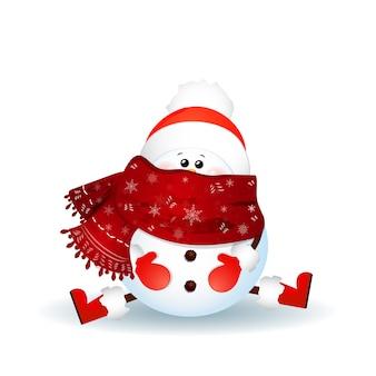 Boneco de neve bonito com lenço, chapéu de papai noel vermelho sentado no chão, isolado no fundo branco.
