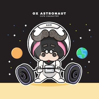Bonitinho personagem de desenho animado do boi astronauta está levantando uma barra