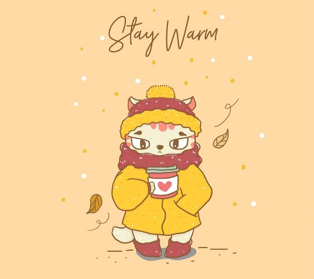 Bonito corte no casaco de inverno quente, cachecol e gorro segurando café tirar plana