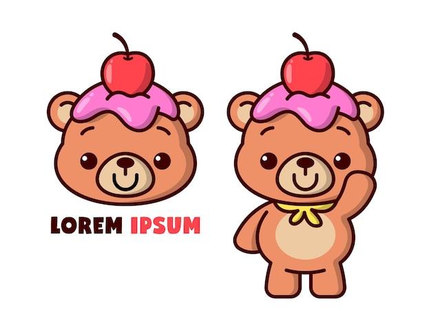 Bonito urso marrom com cereja e creme na cabeça do logotipo de desenho animado