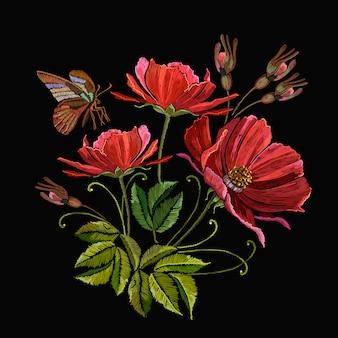Borboleta e flores de peônias vermelhas