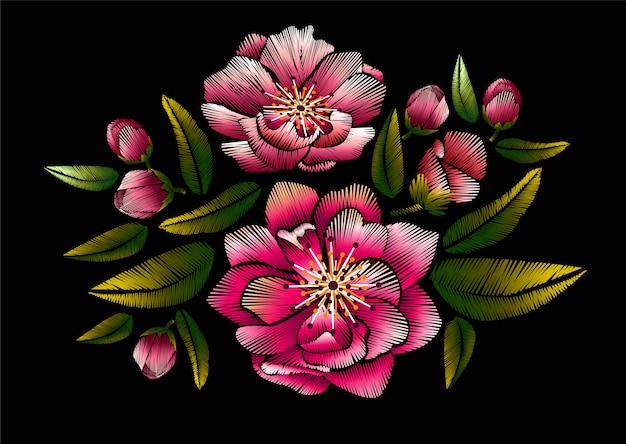 Bordado de flores com flor de cerejeira