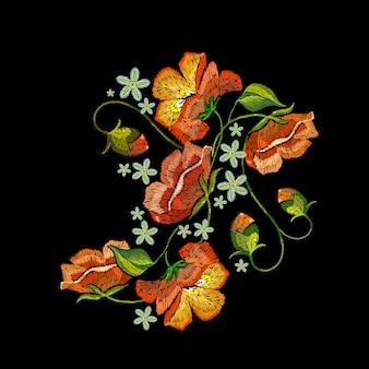 Bordado, flores de papoilas vermelhas