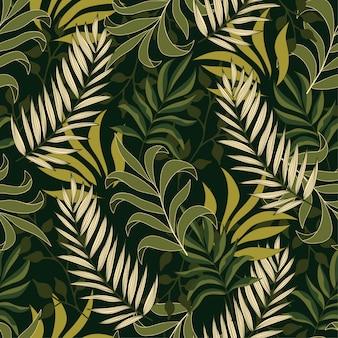 Botânica sem costura padrão tropical com plantas e folhas verdes lindas