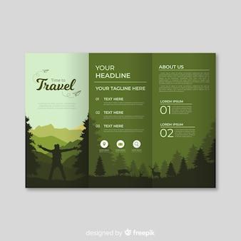 Brochura com três dobras de madeira