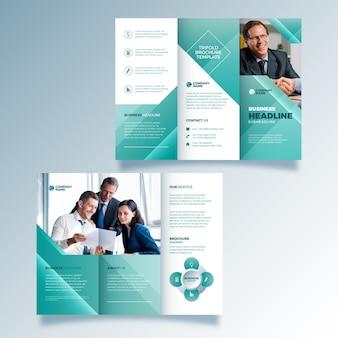 Brochura com três dobras estilo abstrato