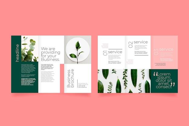 Brochura com três dobras frente e verso de plantas