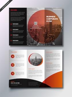 Brochura de negócios com três dobras