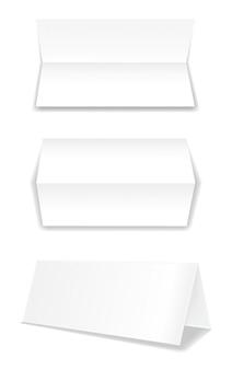 Brochuras de papel bifold realista com sombras suaves.