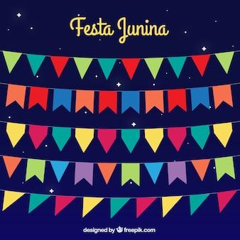 Buntings coloridas ajustaram-se para junina festa