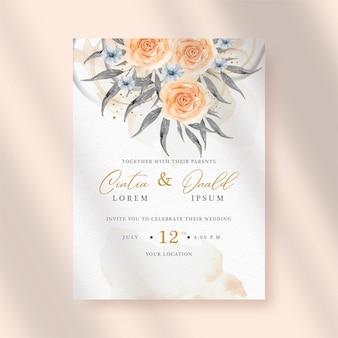Buquê de flores e folhas pintadas no fundo do convite de casamento