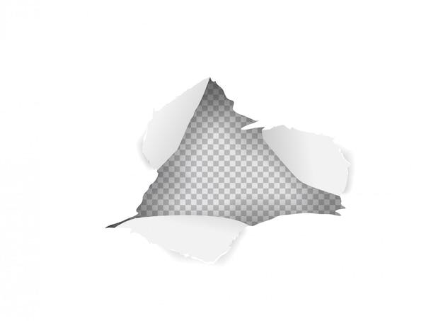 Buraco de papel rasgado na folha de papel branca isolada
