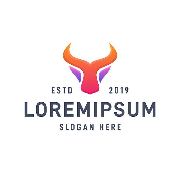Cabeça de búfalo multi cor gradiente logotipo