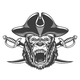 Cabeça de gorila bravo no chapéu de pirata