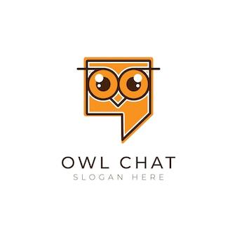 Cabeça e rosto do bate-papo da coruja em um design de logotipo de diálogo de ícone de comunicação