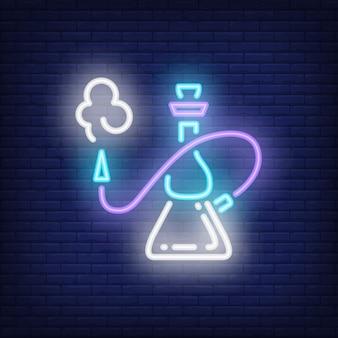 Cachimbo de água com ícone de estilo de néon de fumaça