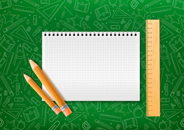 Caderno com lápis e forro em estilo realista