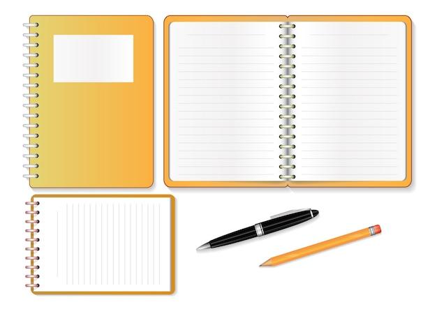 Cadernos isolados no fundo branco.
