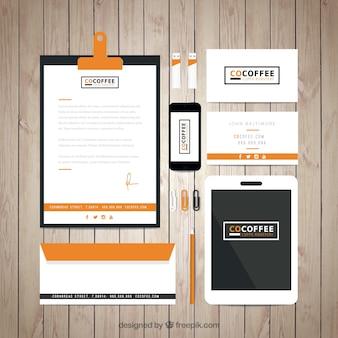 Café identidade corporativa loja na cor laranja