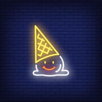 Caído sinal de néon de personagem de sorvete
