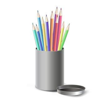 Caixa de aço com lápis de cor isolado sobre o branco