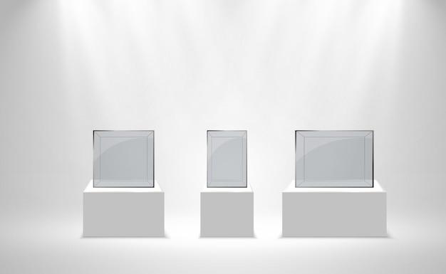 Caixa de vidro realista ou recipiente em um suporte branco.