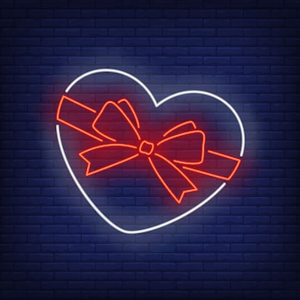 Caixa em forma de coração em estilo neon