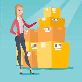 Caixas de verificação da mulher de negócio no armazém.