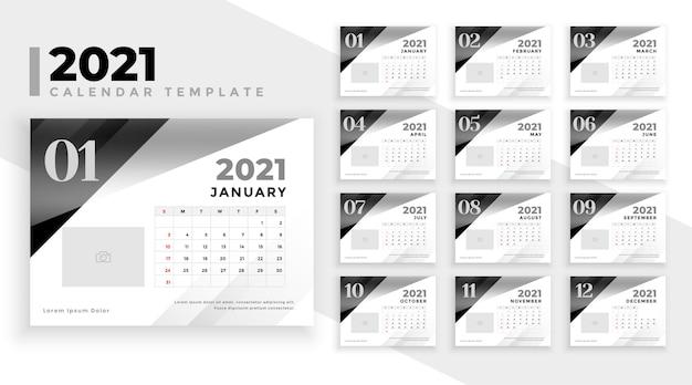 Calendário 2021 em preto e branco