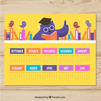 Calendário escolar com coruja ensinando pequenos pássaros