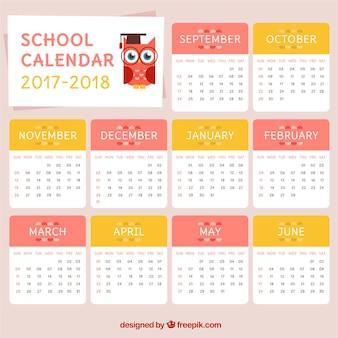 Calendário escolar encantador com coruja
