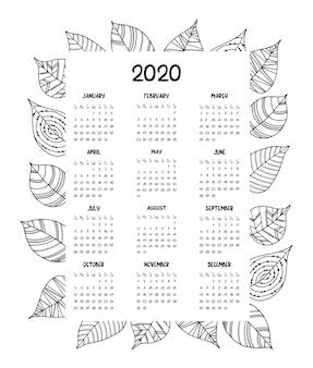 Calendário para o ano de 2020 com folhas decorativas de mão desenhada.
