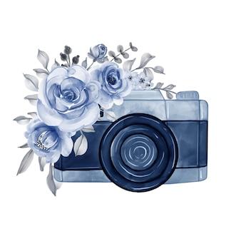 Câmera com flores em aquarela ilustração azul marinho