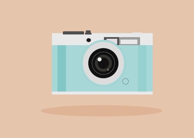 Câmera fotográfica azul e branca em bege