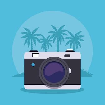 Câmera fotográfica sobre a paisagem de praia