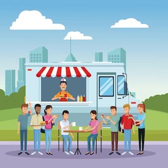 Caminhão de alimentos e clientes