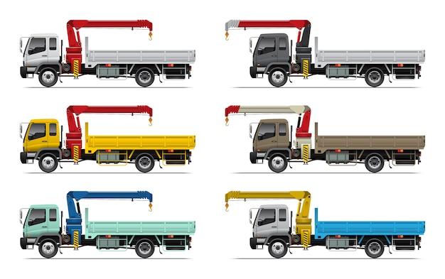 Caminhão de carga com conjunto de guindaste