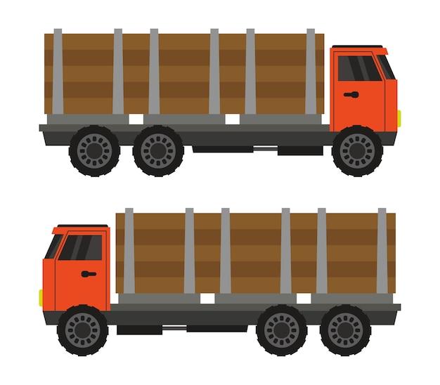 Caminhão transporta madeira
