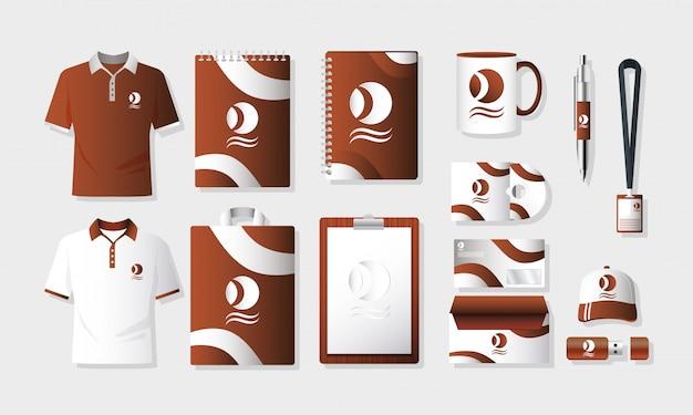 Camisas, roupas e elementos do conjunto de branding