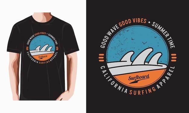 Camiseta de tipografia de surf da califórnia