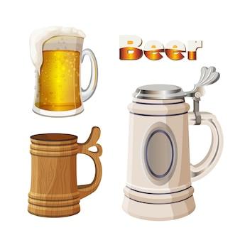 Canecas de cerveja definidas isoladas. copo de vidro transparente com espuma de cerveja