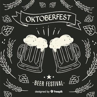 Canecas de cerveja oktoberfest do quadro-negro